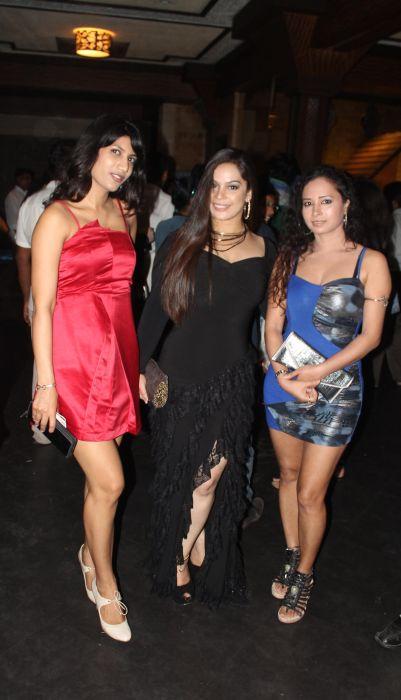 Diya Sharma and Kannada actress Reshma D'souza at event