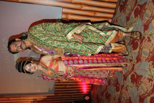 Gungun Upari as Queen Prajapati and Sameer Dharmadhikari as King Shuddhodhana in Zee TV's Buddha