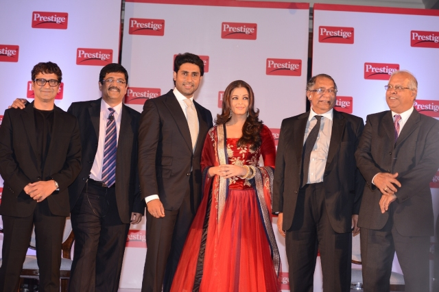 Aishwarya Rai Bachchan and Abhishekh Bachchan being announced as the brand ambassadors of TTK Prestige