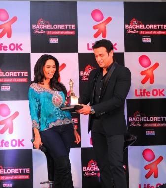Mallika Sherawat - Life OK show The Bachelorette India receives her mini Oscar