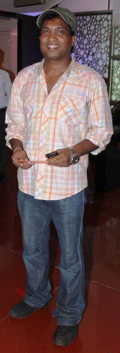 Sunil Pal at Baat Bann Gayi premiere