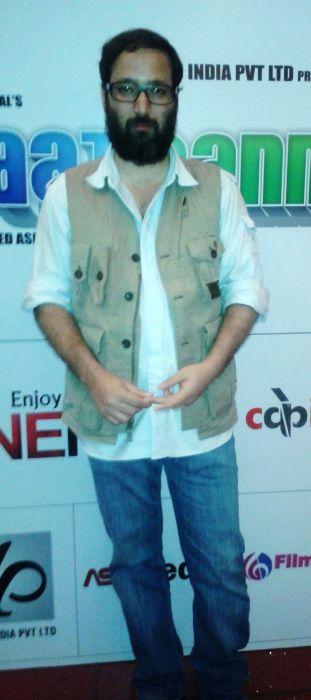 Vivek Budakoti at Baat Bann Gayi premiere