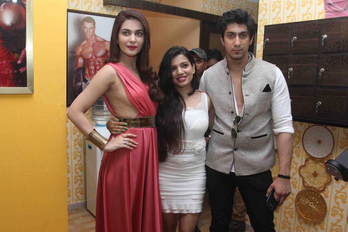 Ankita Shorey, Monika & Karan Oberoi