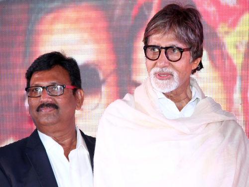 Producer Deepak Sawant with Mr amitabh Bachchan (2)