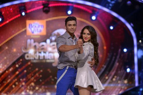 Contestant Pooja Bose with her choreographer Rajit