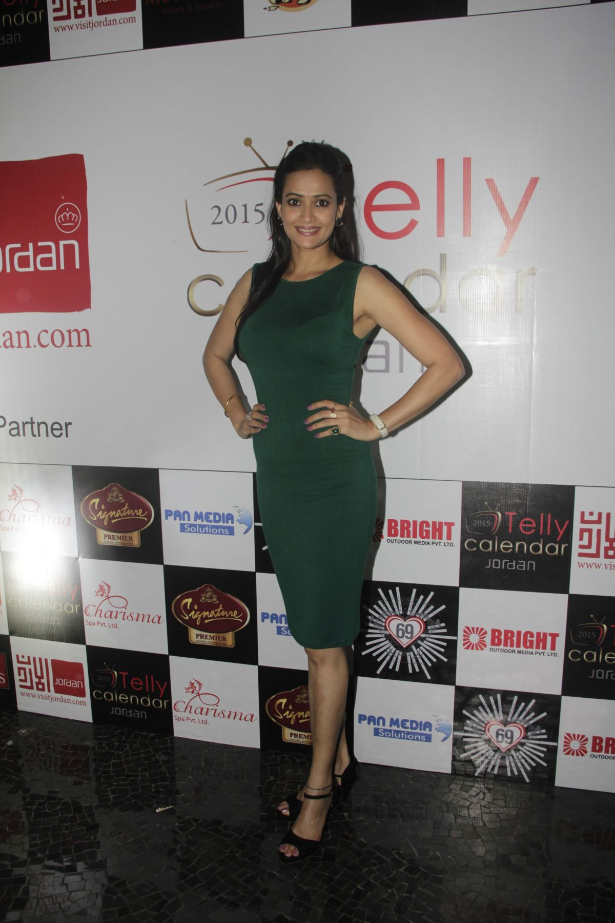 09Jasveer Kaur@Telly Calendar announcement party