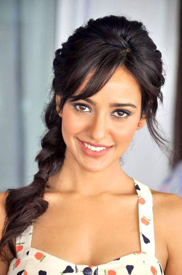 Neha Sharma (1)