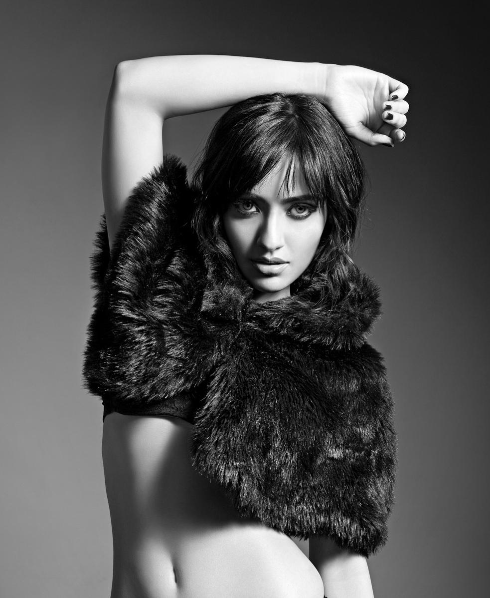 Hot Pics Of Bollywood Actress Neha Sharma  India Today Online-5767