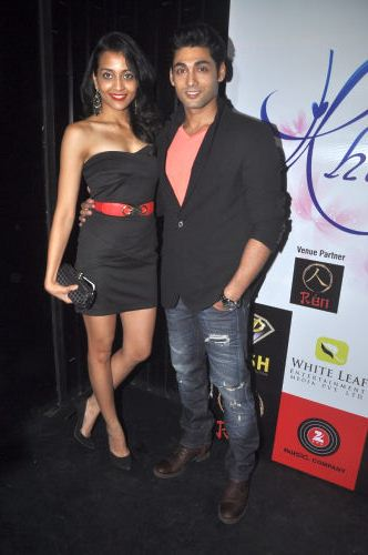 Ruslaan Mumtaz and his wife