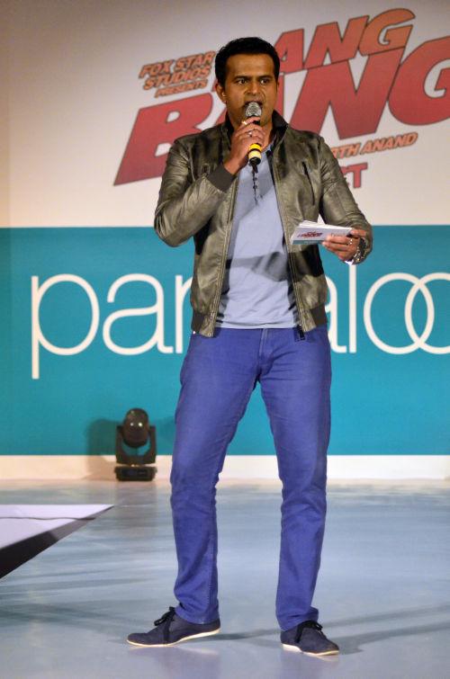 05-Host Siddharth Kannan@launch of Bang Bang inspired Pantaloons Collection