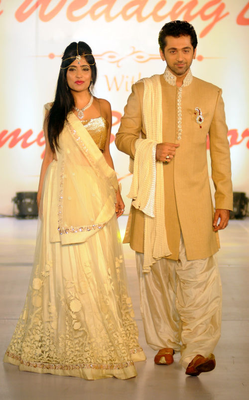 14. Shibani Kashyap with Rajiv Roda walking the ramp  for Designer Amy Billimoria DSC_1573