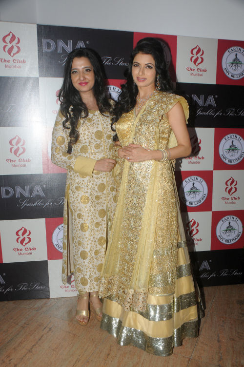 3. Amy Billimoria with Bhagyashree DSC_2635