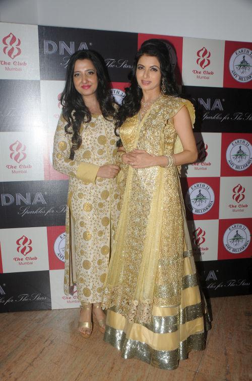 3. Amy Billimoria with Bhagyashree DSC_2635