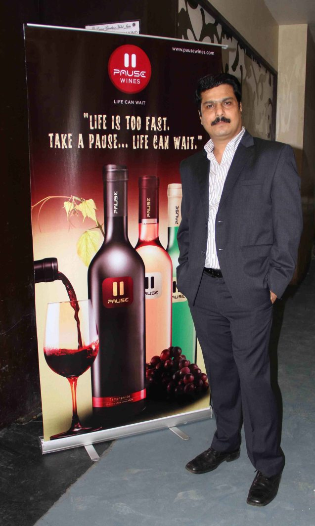 ​Mr. Rajesh Patil, Chairman and Managing Director, Pause Wines conducted a wine tasting evening at Juhu