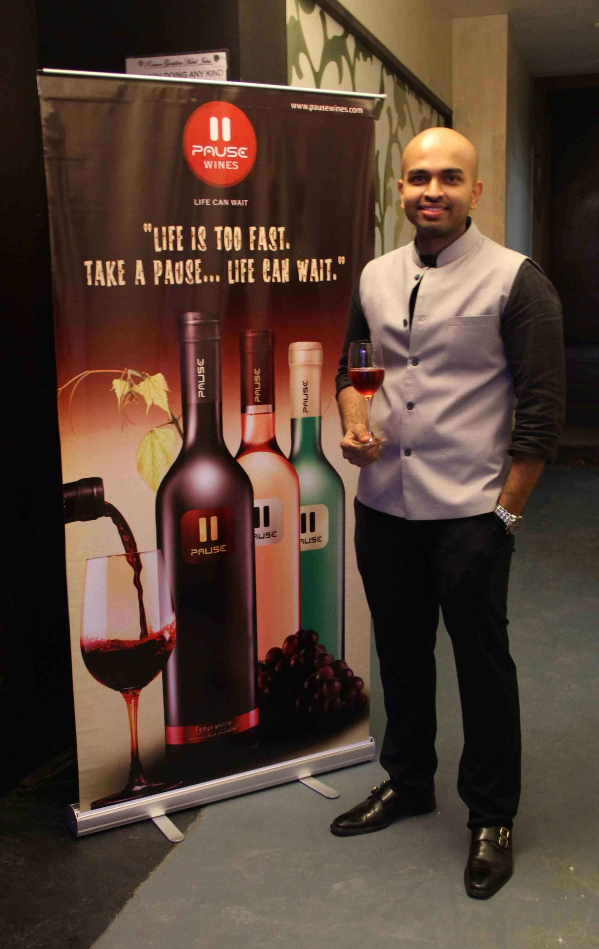 ​Wine Sommelier Ajit Balgi at Pause Wines tasting evening at Juhu