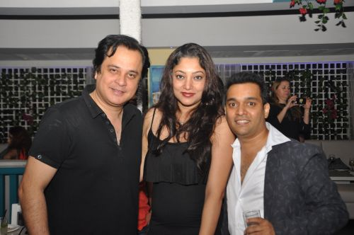 Mahesh Thakur and Naveen Prem at kipos witha friend