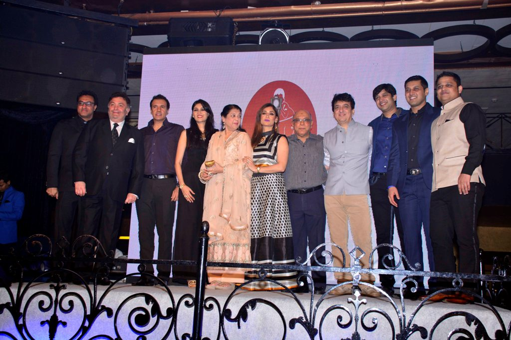 Nadiadwala family with Rishi Kapoor