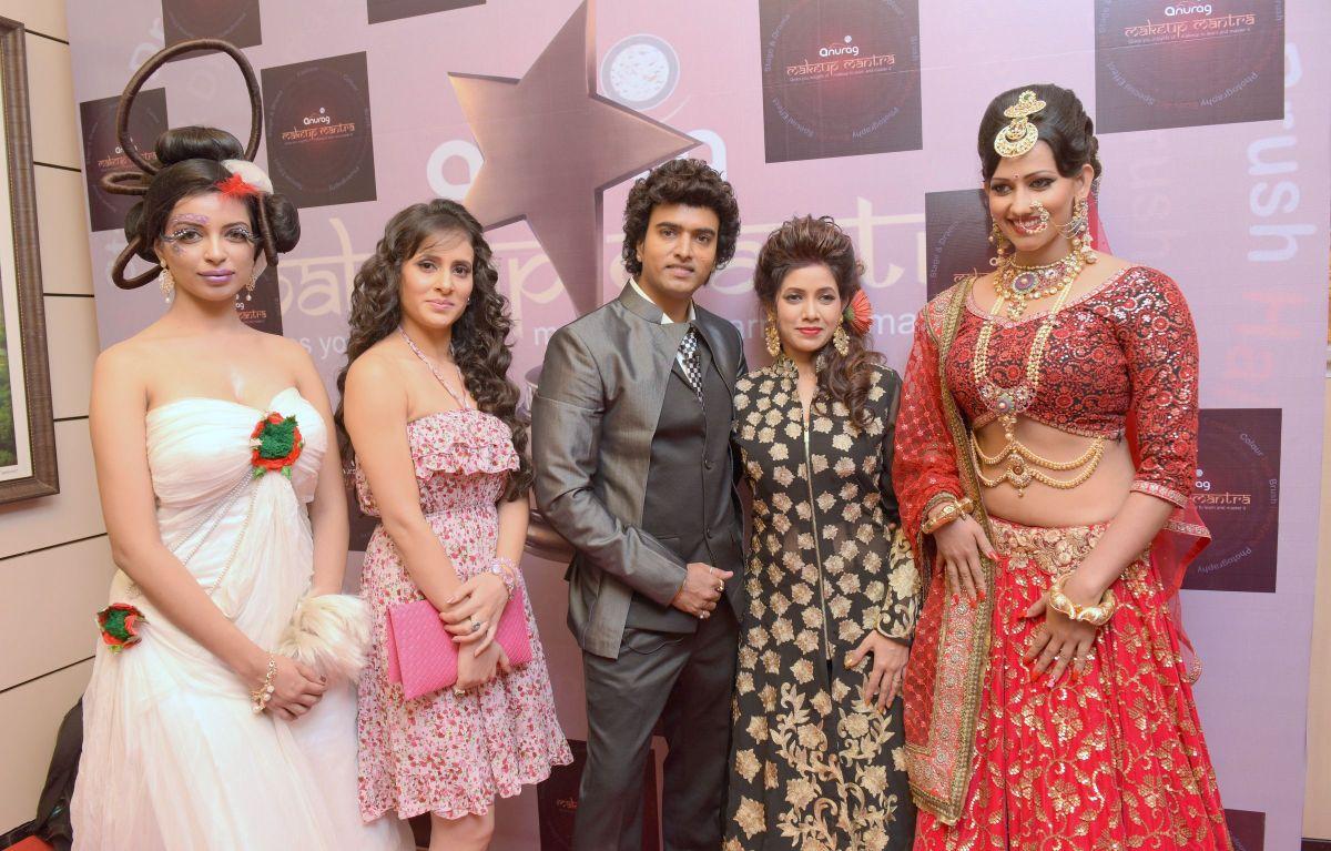 11. Shweta Khanduri, Anurag Jaiswal and Sanjana Singh  DSC_5408