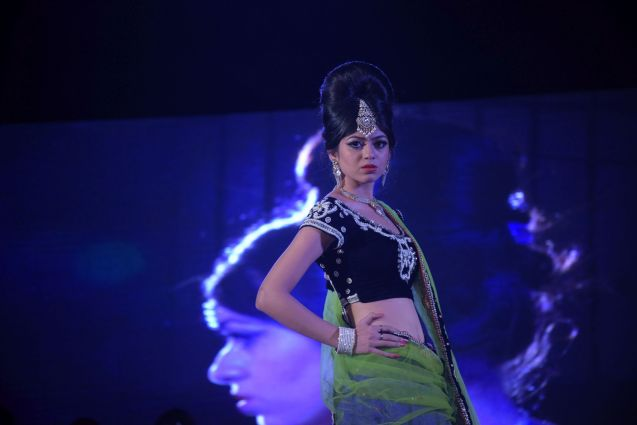 27. Models on the Ramp displaying Anurag Jaiswal's Student Hair and Makeup Work   DSC_5091