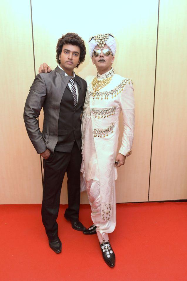 6. Anurag Jaiswal with Imam Siddique DSC_5541