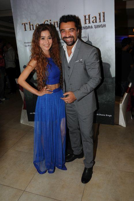 8. Sara Khan with Ajaz Khan DSC_8001