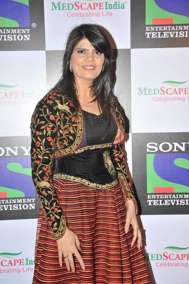 dr. Sunita Dube-solo