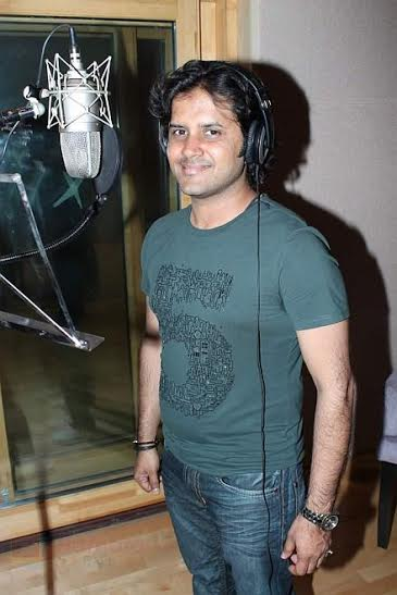 Javed Ali at Javed Ali song recording for film Bat Bann Gayi in Andheri., Mumbai on 15th May 2012 shown to user 34610