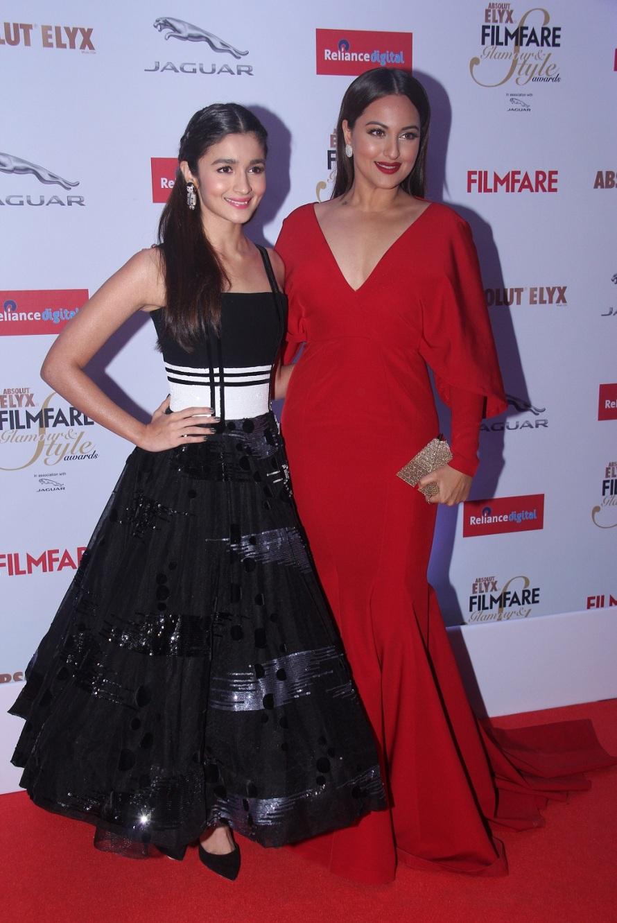Alia Bhatt & Sonakshi Sinha