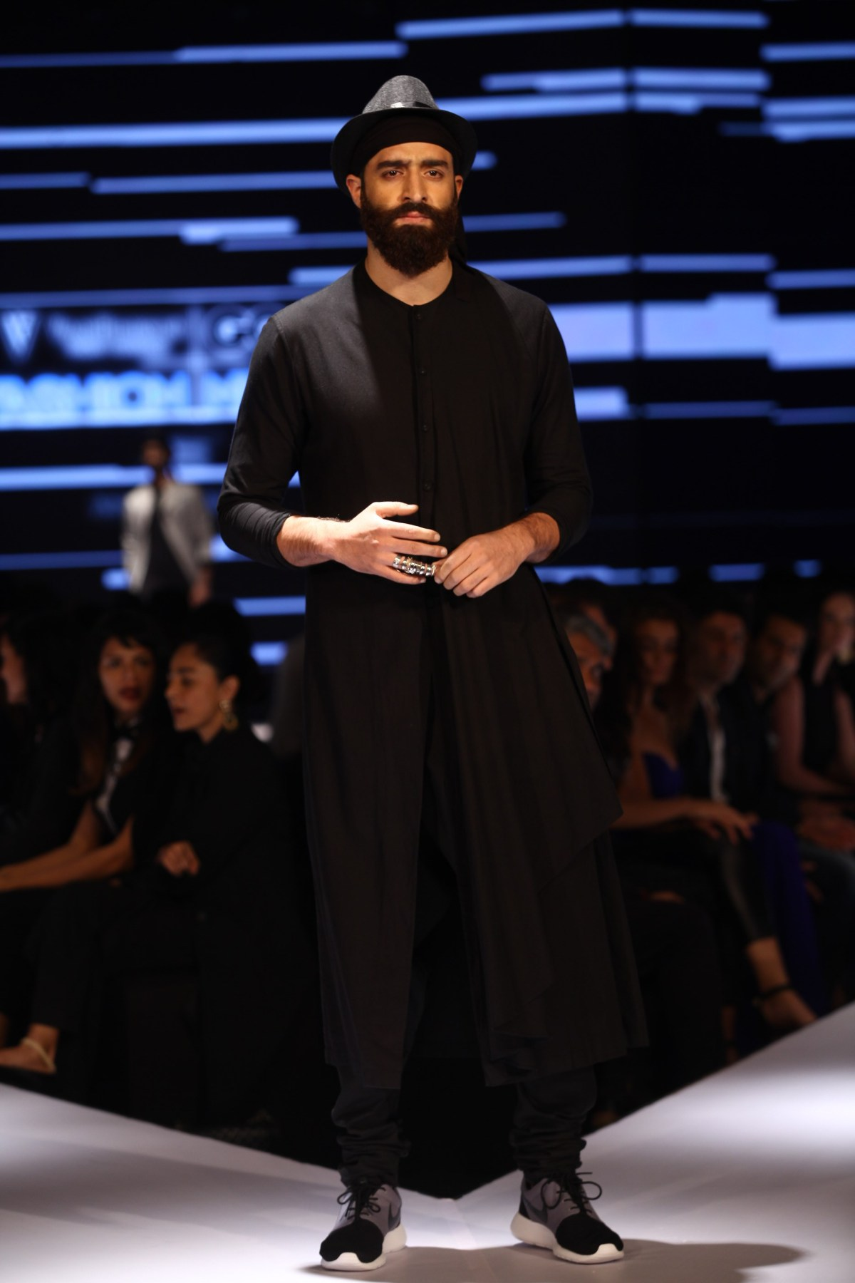 Model in Ujjawal Dubey on Day 2 of Van Heusen + GQ Fashion Nights (1)