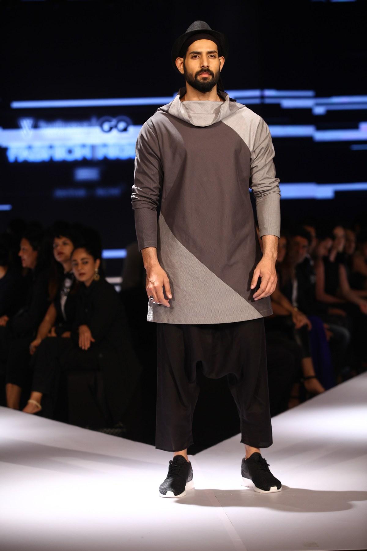 Model in Ujjawal Dubey on Day 2 of Van Heusen + GQ Fashion Nights (5)