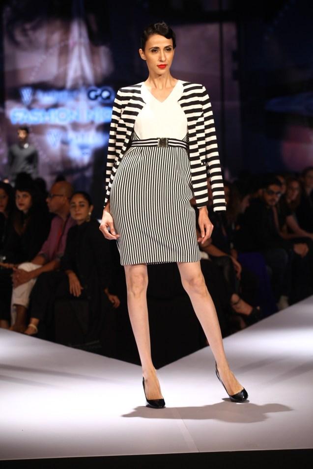 Model in Van Heusen collection on Day 2 of Van Heusen + GQ Fashion Nights 2015_3