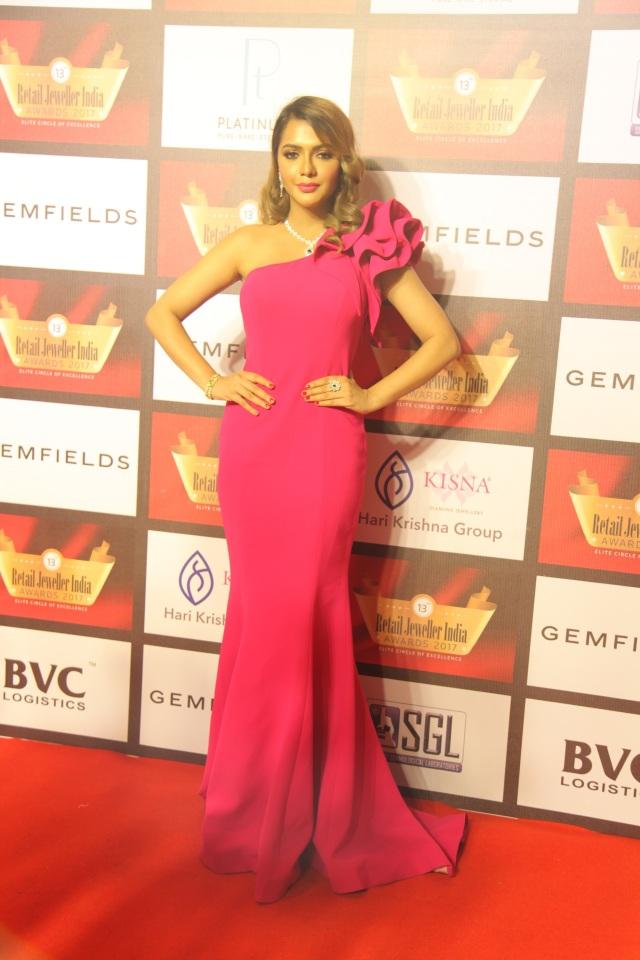 Ruhi Singh at the 13th Gemfields Retail Jeweller India Awards 2017