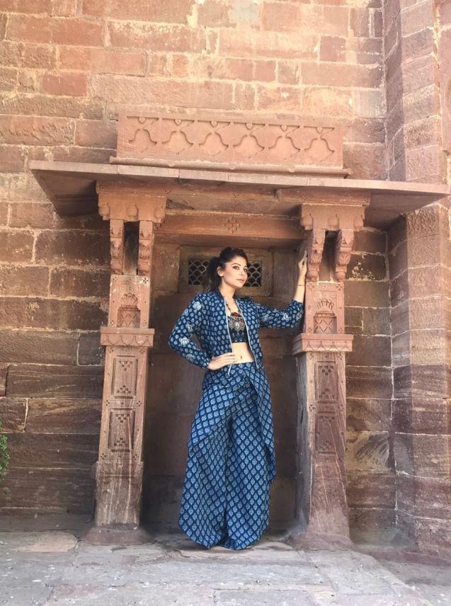 Kanika Kapoor (1)