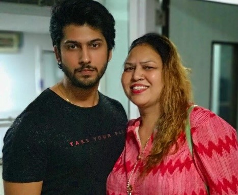 Namish Taneja with mother